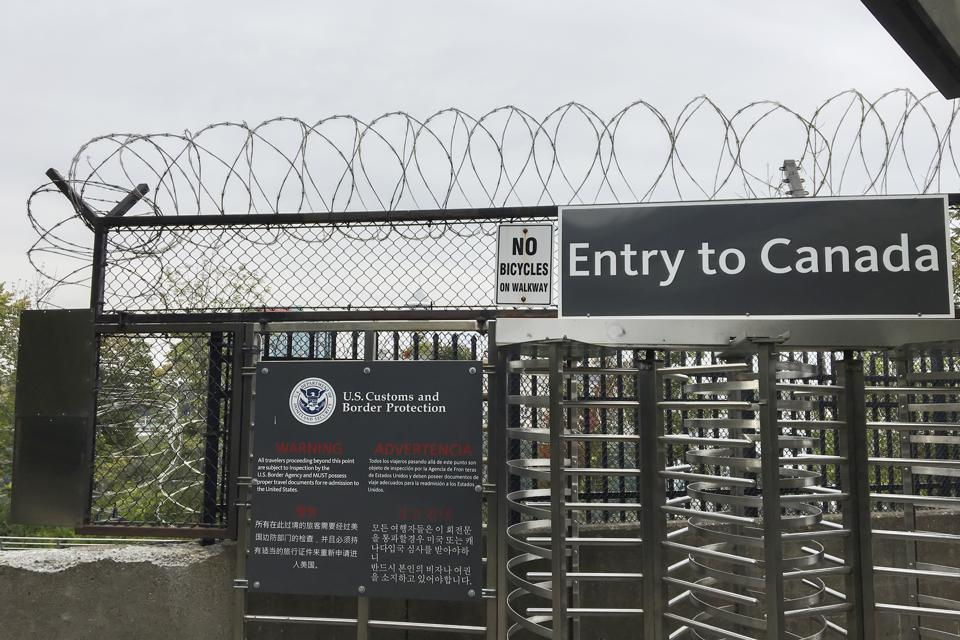 Poste de contrôle des douanes et de la protection des frontières des États-Unis