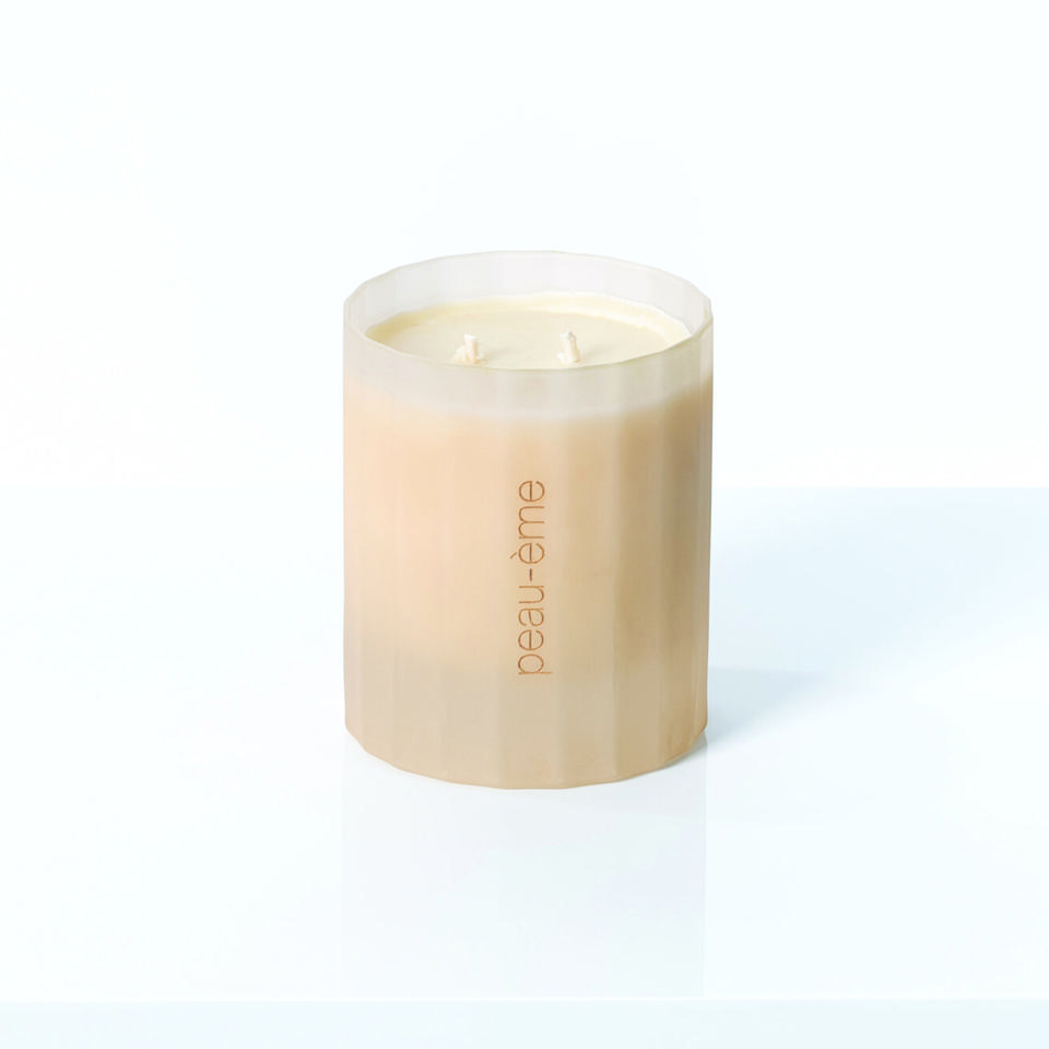 BJECT D'EMOTION's first ever candle, Peau-eme