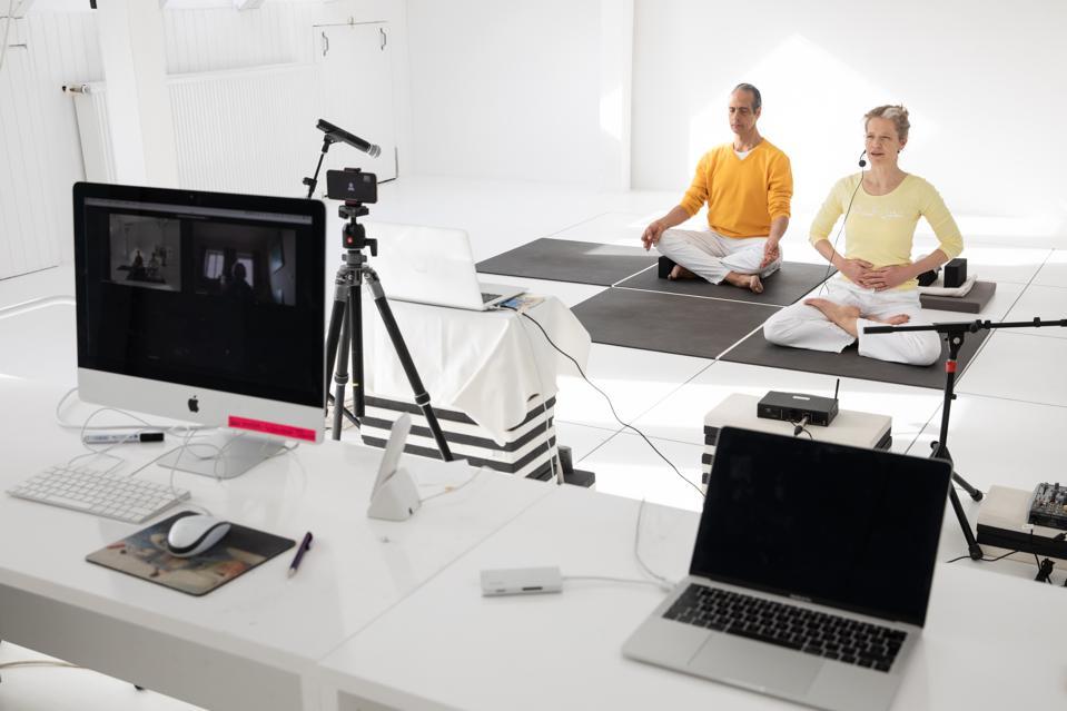 Yoga via livestream in the living room