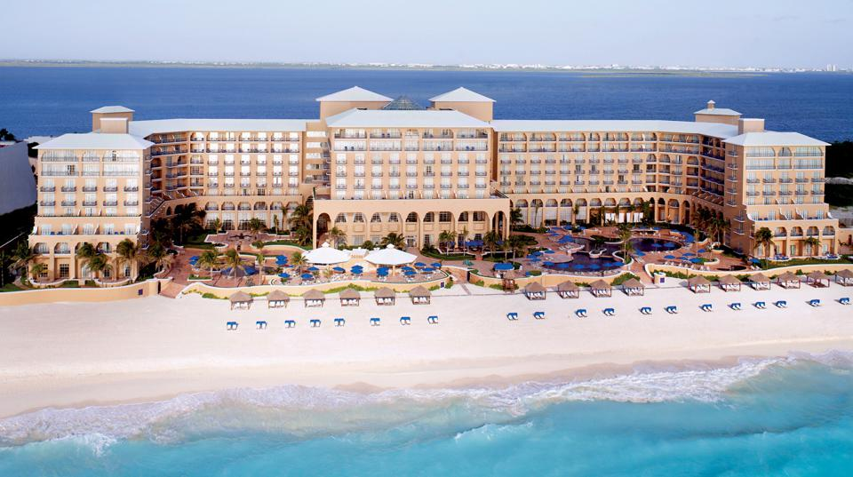 Ritz-Carlton Cancun Ted Cruz