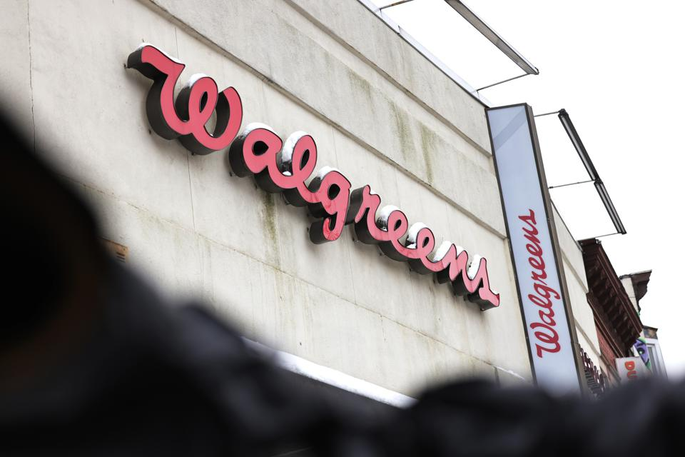 Walgreens To Partner With Uber To Offer Free Rides For Vaccinations