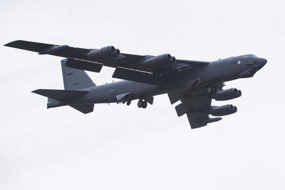 A B-52 bomber displaying all eight of its TF33 turbofan engines.