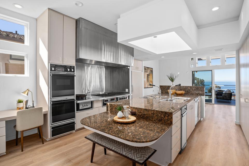 kitchen in a luxury la jolla home homer delawie