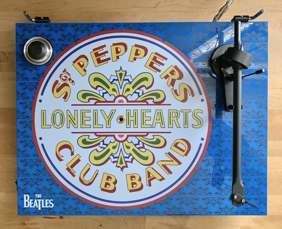 Pro-Ject Essential III Sgt. Pepper's turntable review