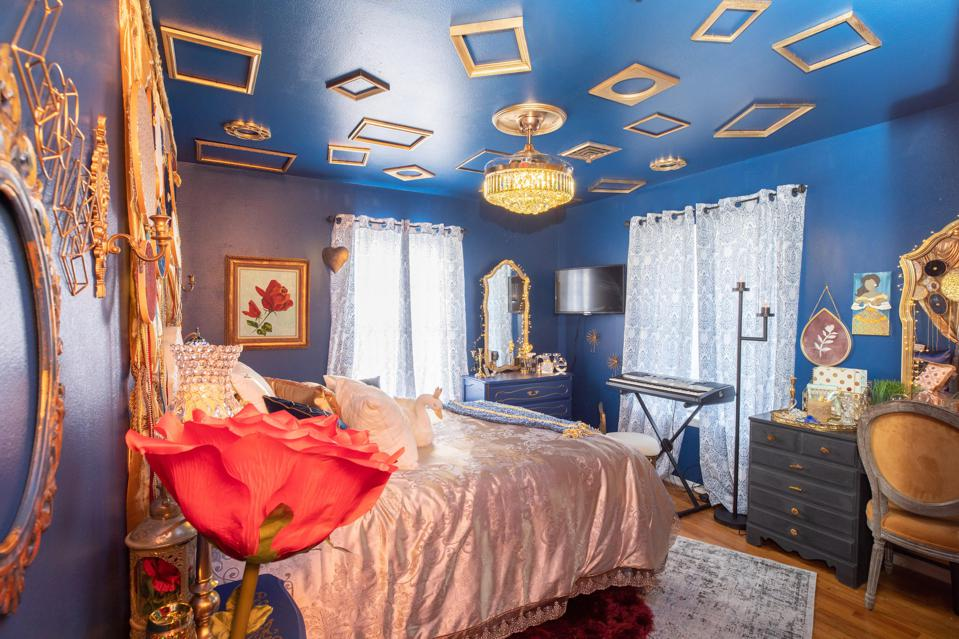 A transormed room by Room Redux