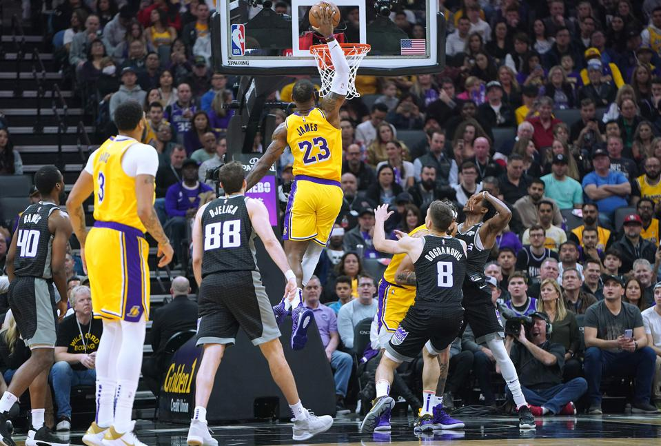 Los Angeles Lakers v Sacramento Kings