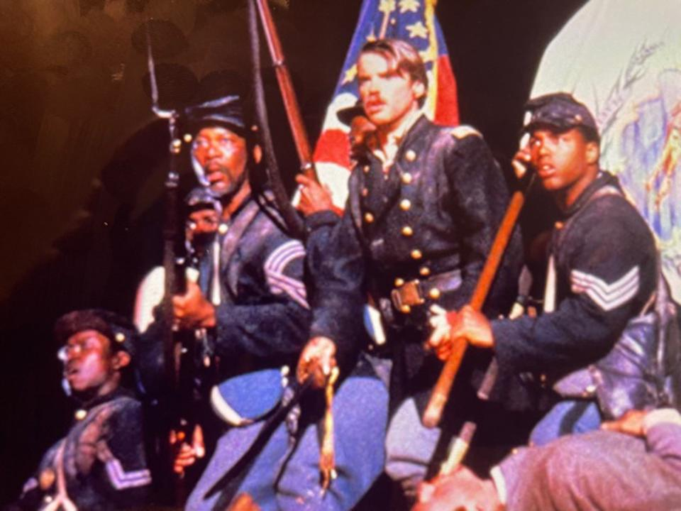 During the movie ″Glory″, Matthew Broderick as Colonel Robert Gould Shaw leads the 54th Massachusetts Infantry Regiment during the attack on Fort Wagner in 1863.