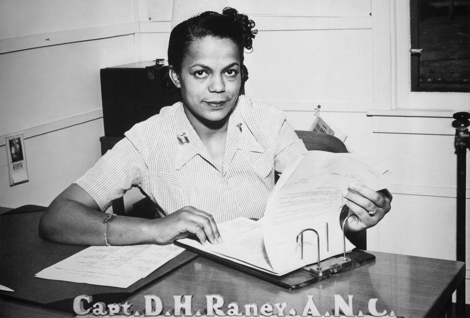 1942: First black chief nurse commissioned as a lieutenant in the Army Nurse Corp