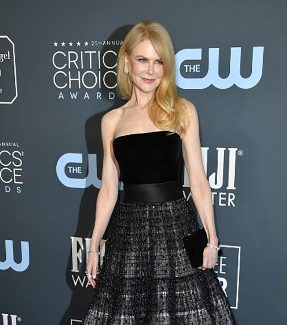Omega ambassador Nicole Kidman wears a vintage Omega Riviere diamond watch to the Critics Choice Awards.