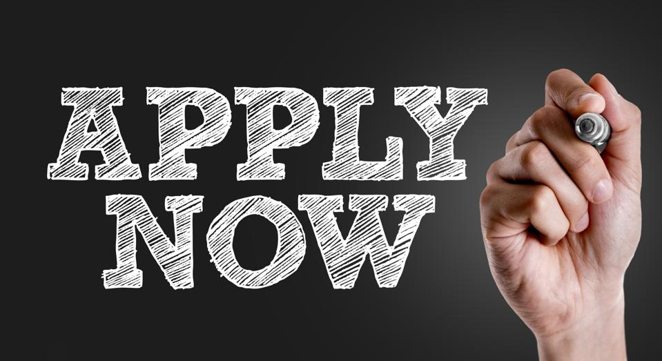 Apply Now sign