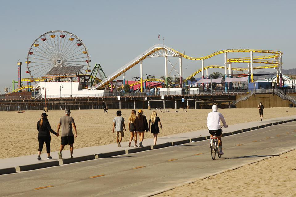 Out of an abundance of caution and to contribute to regional efforts to slow the spread of COVID-19 in Los Angeles County, the Santa Monica Pier will temporarily close today, Sunday, January 10 and remaining weekends in January. The best way to slow the sp