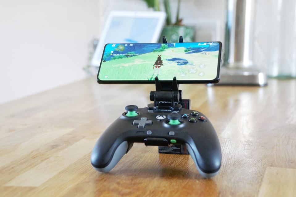 The Moga Xp5x controller is the best for mobile gaming.