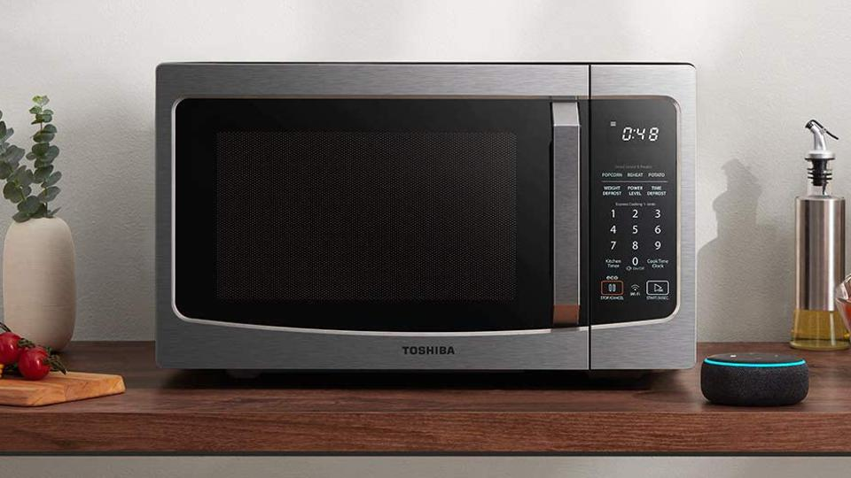 The Best Microwaves According To Rave Reviews