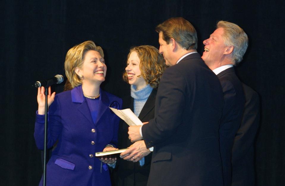 Hillary Clinton sworn in again
