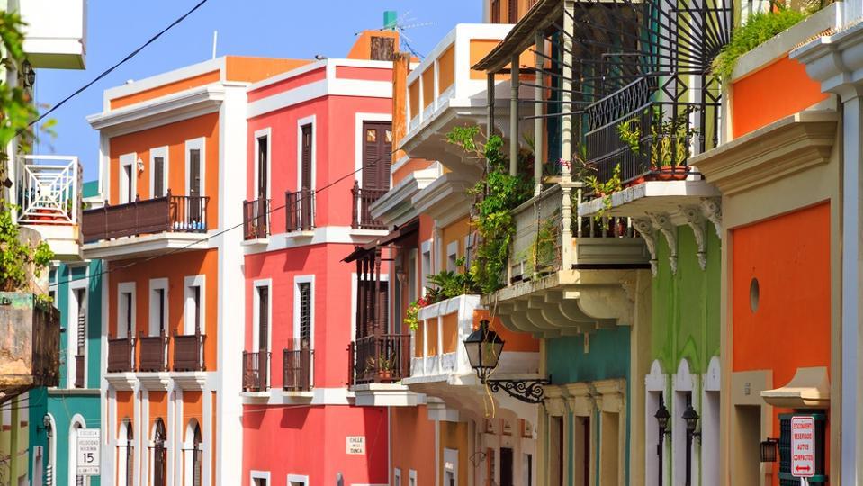 Vibrant houses San Juan