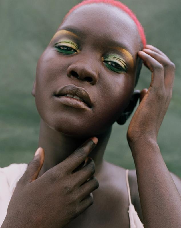 Model in Uoma Beauty