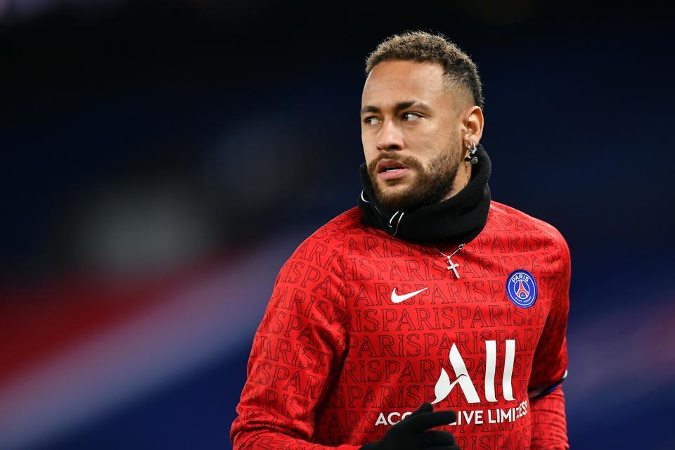 PARIS, FRANCE - JANUARY 22: Neymar Jr of Paris Saint-Germain warms up before the Ligue 1 match between Paris Saint-Germain and Montpellier HSC at Parc des Princes on January 22, 2021 in Paris, France. (Photo by Aurelien Meunier - PSG/PSG via Getty Images)