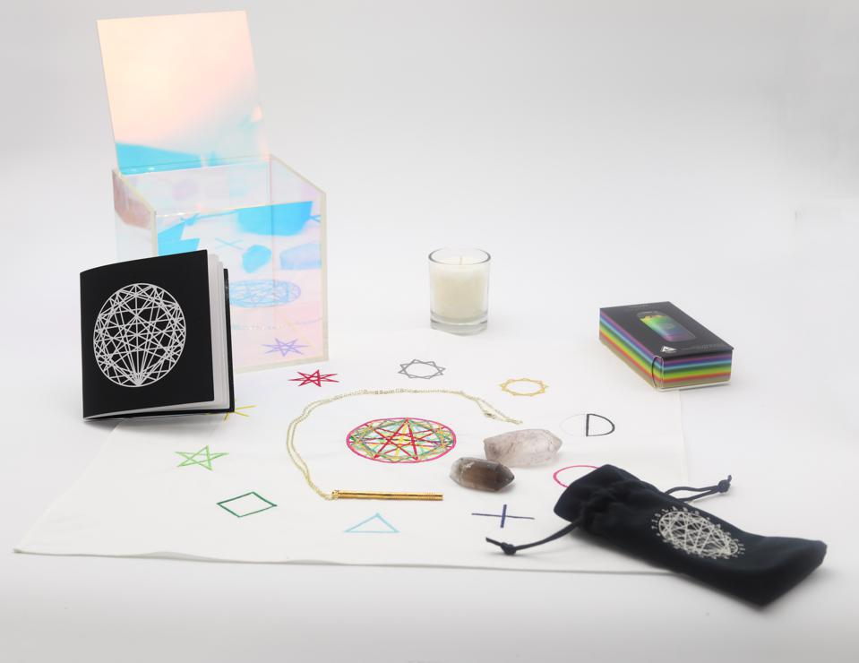 Astral Oracles collaboration with 710 Labs showcases the artist's unique point of view in sacred geometry and colorful angles, added to a 710 Labs live rosin vape pen.