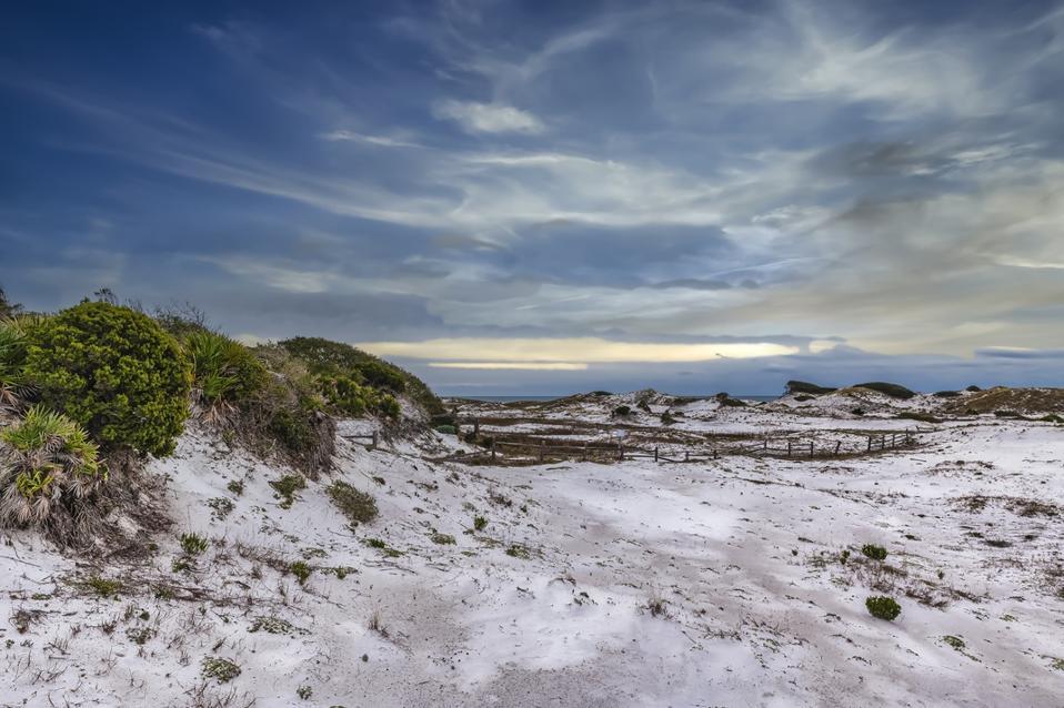 Deer Lake State Park, Florida white sand dunes