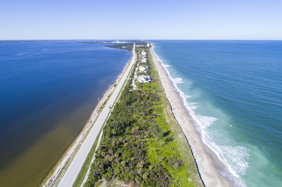 Florida, Hutchinson Island, Jensen Beach, Indian River Lagoon, State Road A1A