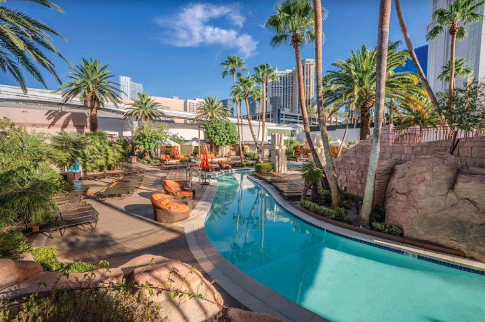 MGM Grand lazy river