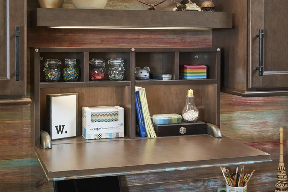 Wellborn's Workflow with Flair concept taps into the need for creating work from home space.