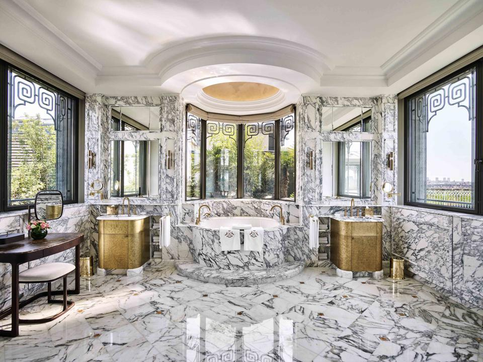 La Belle Etoile Suite, The Bathroom