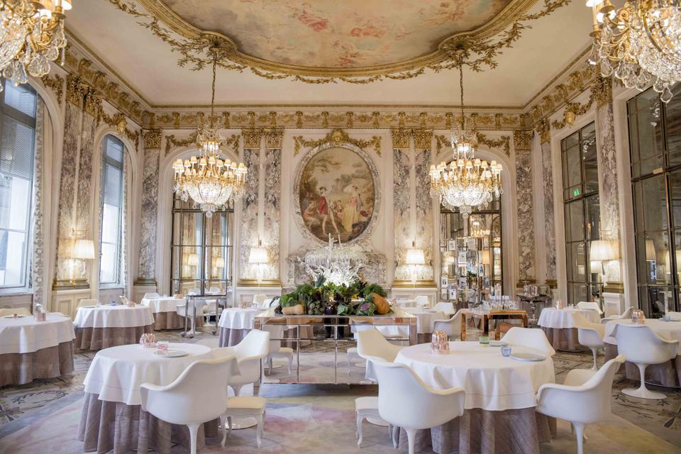 The two Michelin-starred Restaurant le Meurice Alain Ducasse