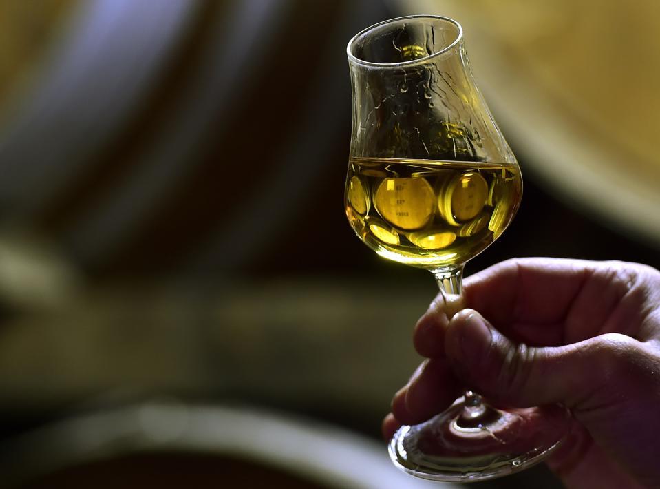 FRANCE-US-ALCOHOL-ECONOMY