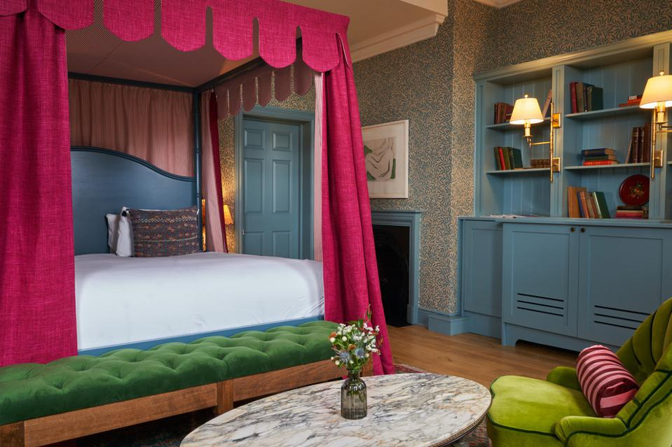 A four poster bed at the historic Mitre hotel in Hampton Court.