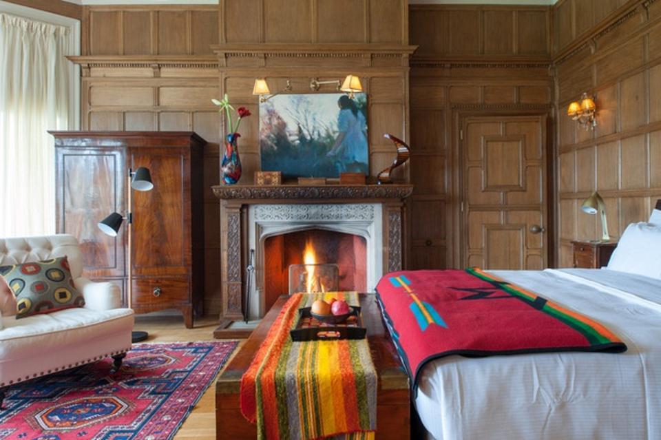 A bedroom at the River Arts Club