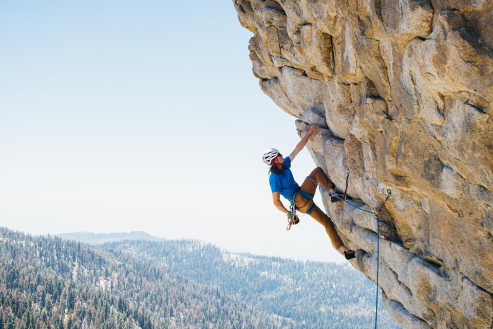 Man rock climbing, Buck Rock, California, America, USA