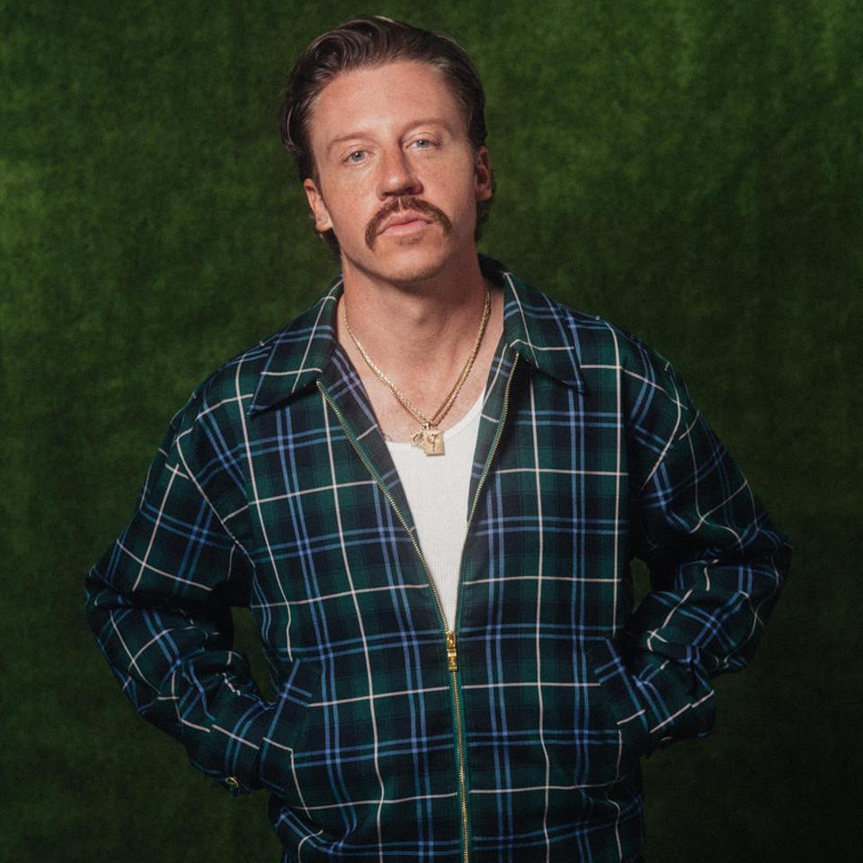 Macklemore debuts golf apparel line, Bogey Boys
