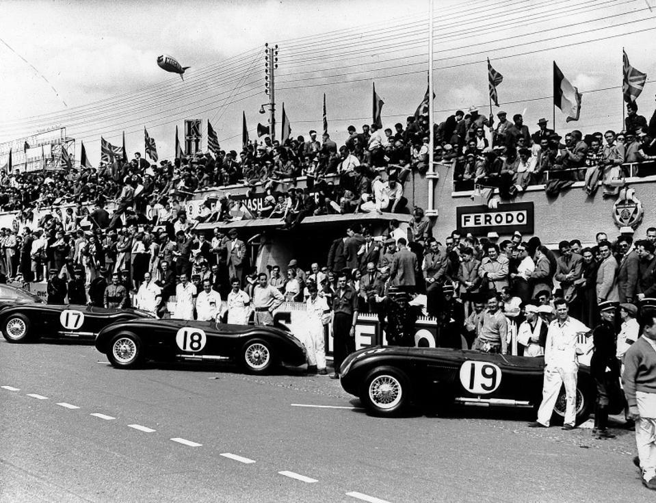 Jaguar C-type at Le Mans