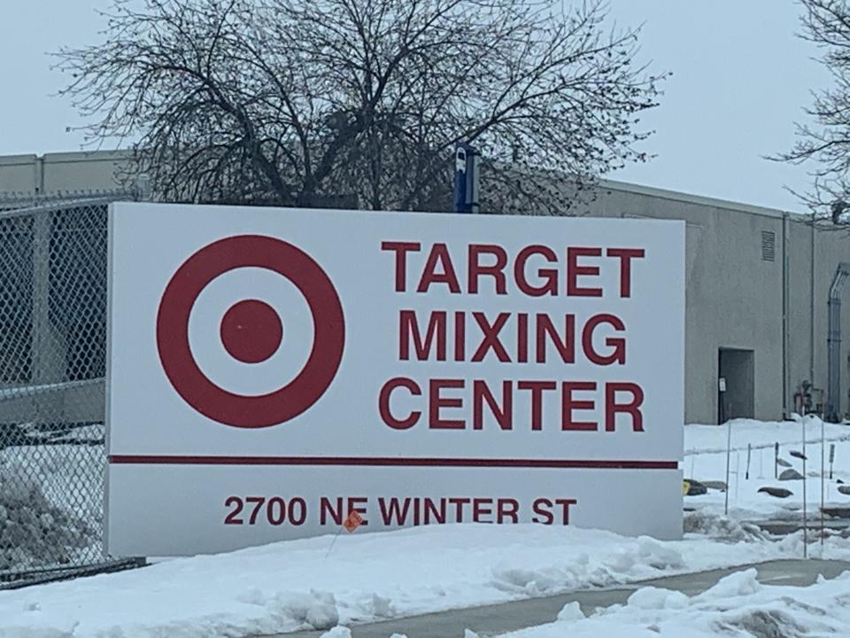 Target Mixing Center
