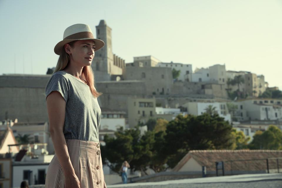 Laura Haddock in 'White Lines' on Netflix.