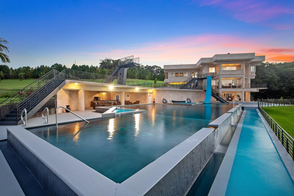 swimming pools water falling estate hawaii 32-1056 Old Mamalahoa Hwy