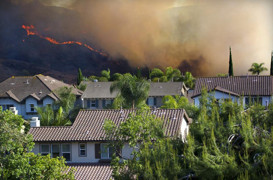 Wildfire near Southern California Homes