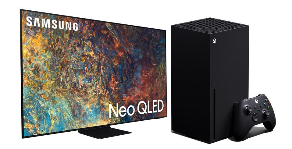 Samsung QN65Q90A with the Xbox Series X.