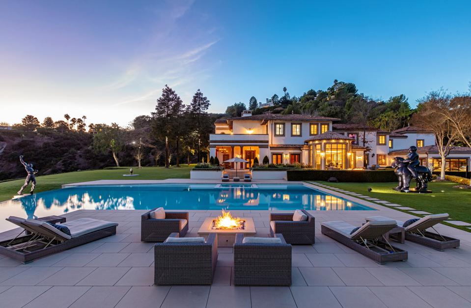 swimming pool at sylvester stallone's house in beverly hills 30 bevelry park terrace