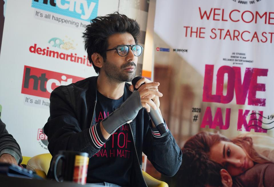 Starcast Of  Love Aaj Kal' Visits HT Office For Promotion