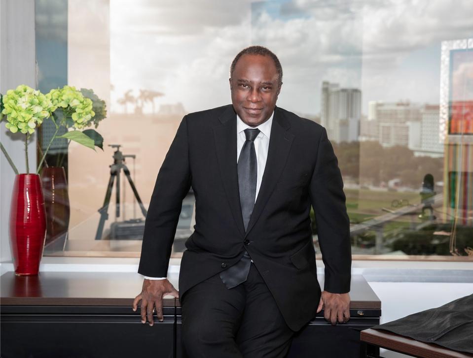 Dr. Bankole Johnson Privée Clinics