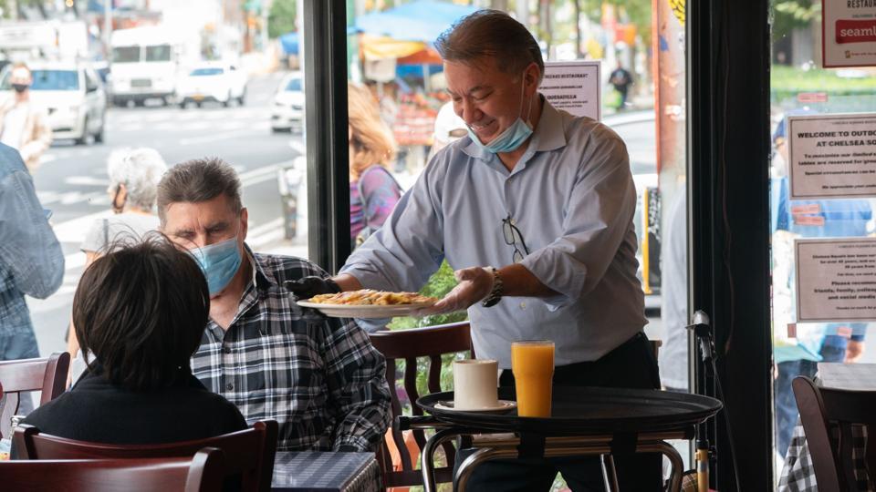 US-HEALTH-VIRUS-RESTAURANTS