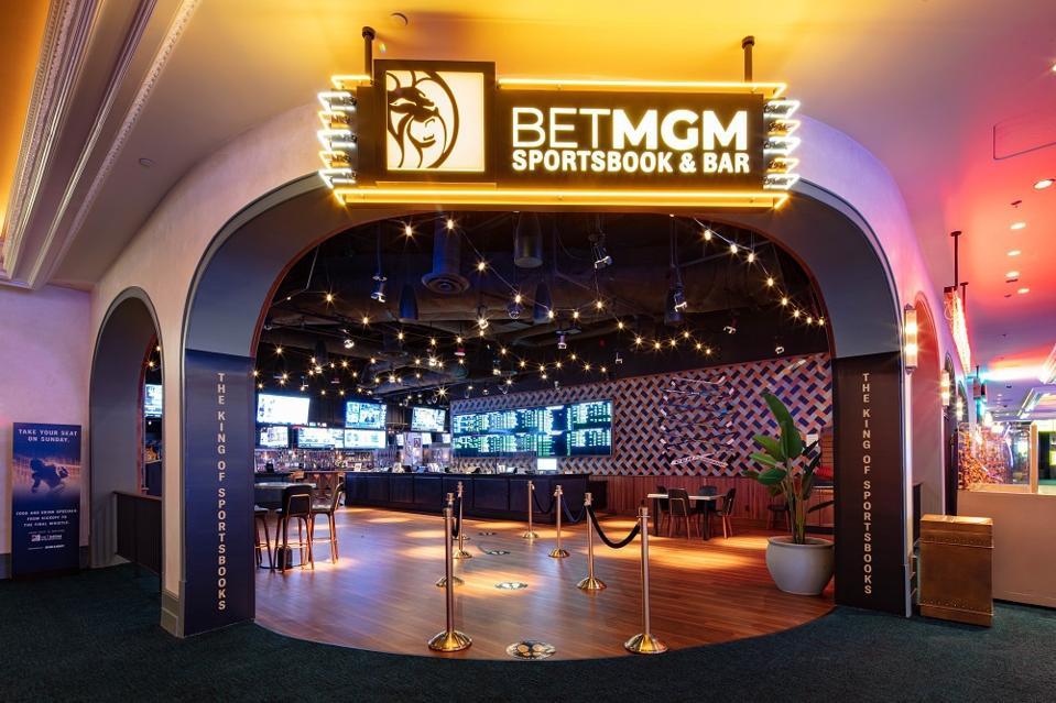 New restaurant-style sportsbook at Park MGM Las Vegas