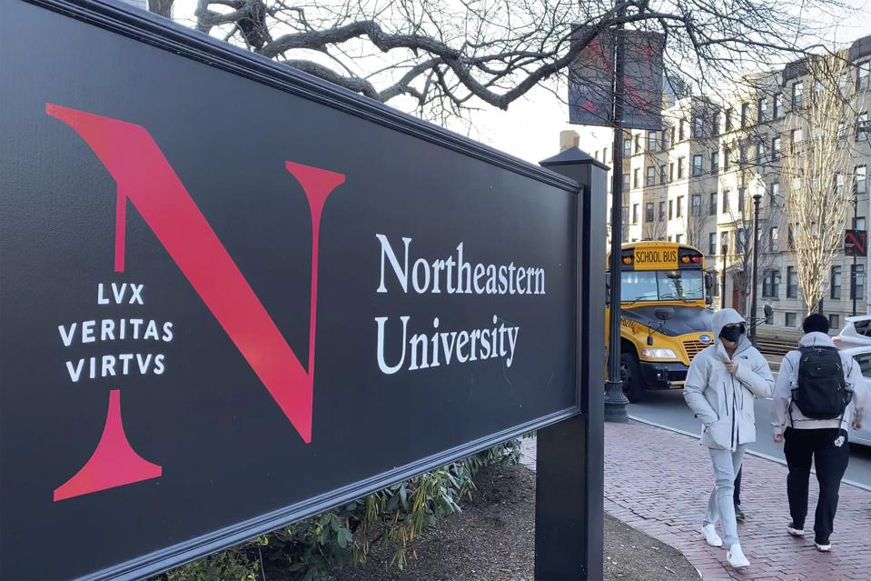 The Delta Zeta sorority at Northeastern University hosted a financial advisor to discuss financial markets.