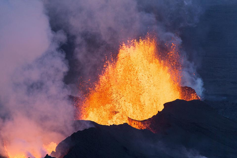 LHS 3844b may have similar deep upwelling flows as the one found on Earth that drives volcanic activity at Hawaii and Iceland.