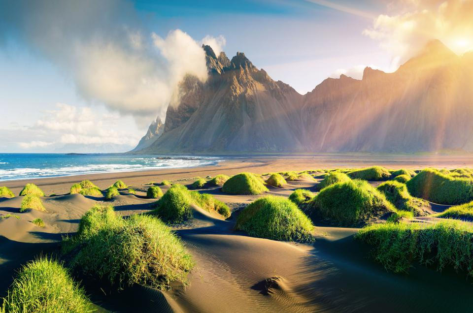 Nature is everywhere in Iceland - Stokksnes Headlanded