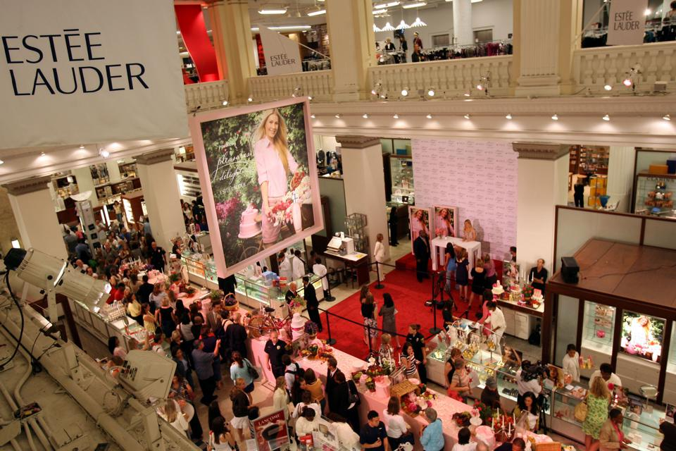 Estee Lauder Spokesmodel Gwyneth Paltrow Introduces New 'Pleasures Delight'