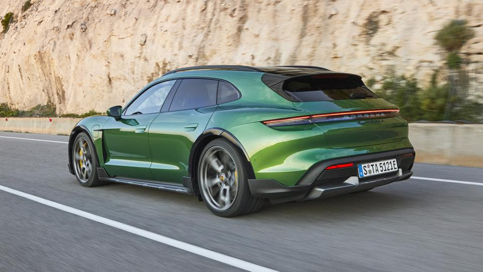 Turismo Turbo S  can hit 60 mph in 2.7 seconds.