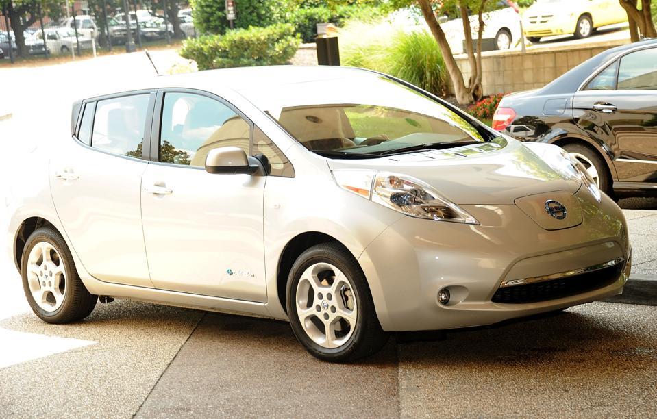 Nissan LEAF Celebrity Drive